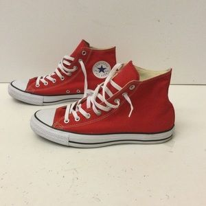 Converse unisex sneakers size 10/12